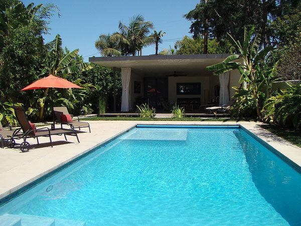 harga membuat kolam renang di rumah